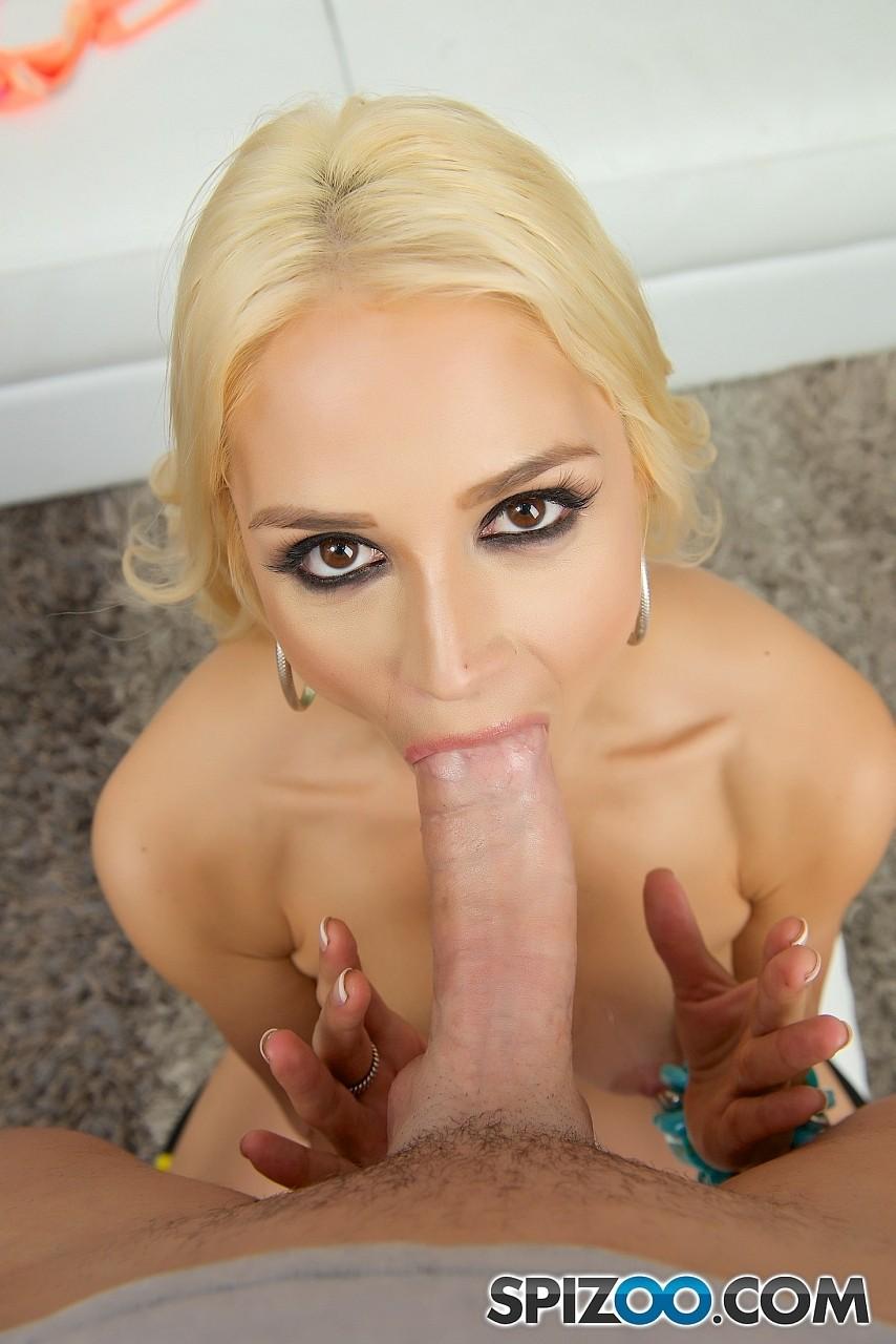 Sarah Vandella Deep Throat